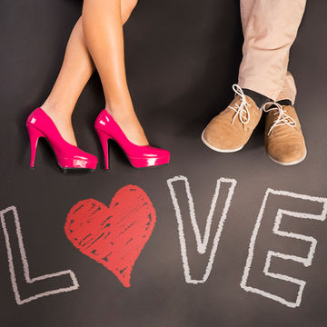 first-date-night-after-baby-shutterstock_174744593-700x